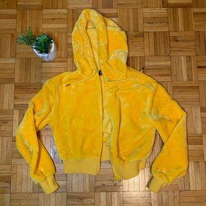 CUTE 😍 Sherpa Style Fuzzy Yellow Hoodie
